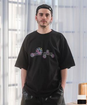 デイジー×ロゴプリント ビッグシルエット Tシャツ
